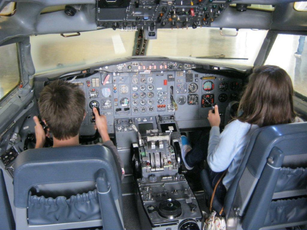 Inside a 727 cockpit