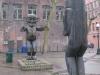 Tsonqua and Bear Statues
